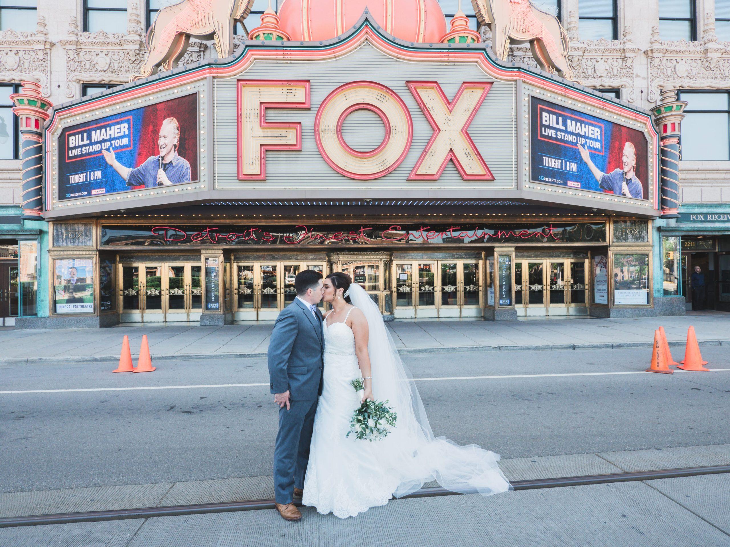 Detroit fox theatre wedding photography