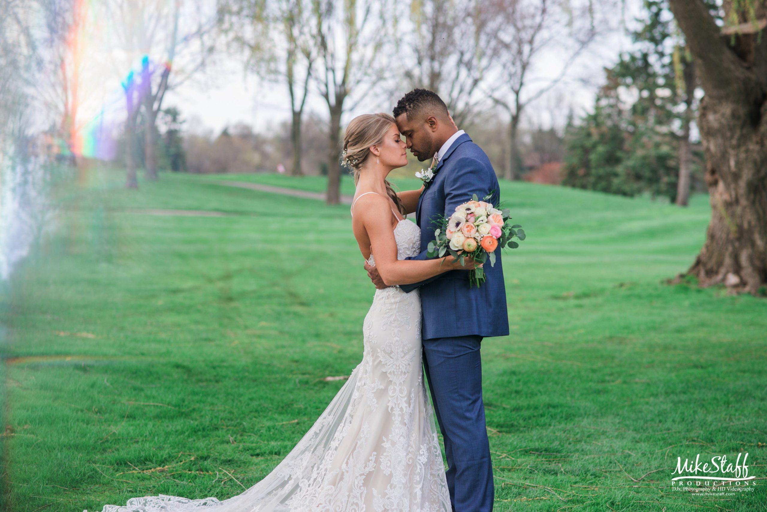 Real Detroit Wedding of Lindsay & Steven