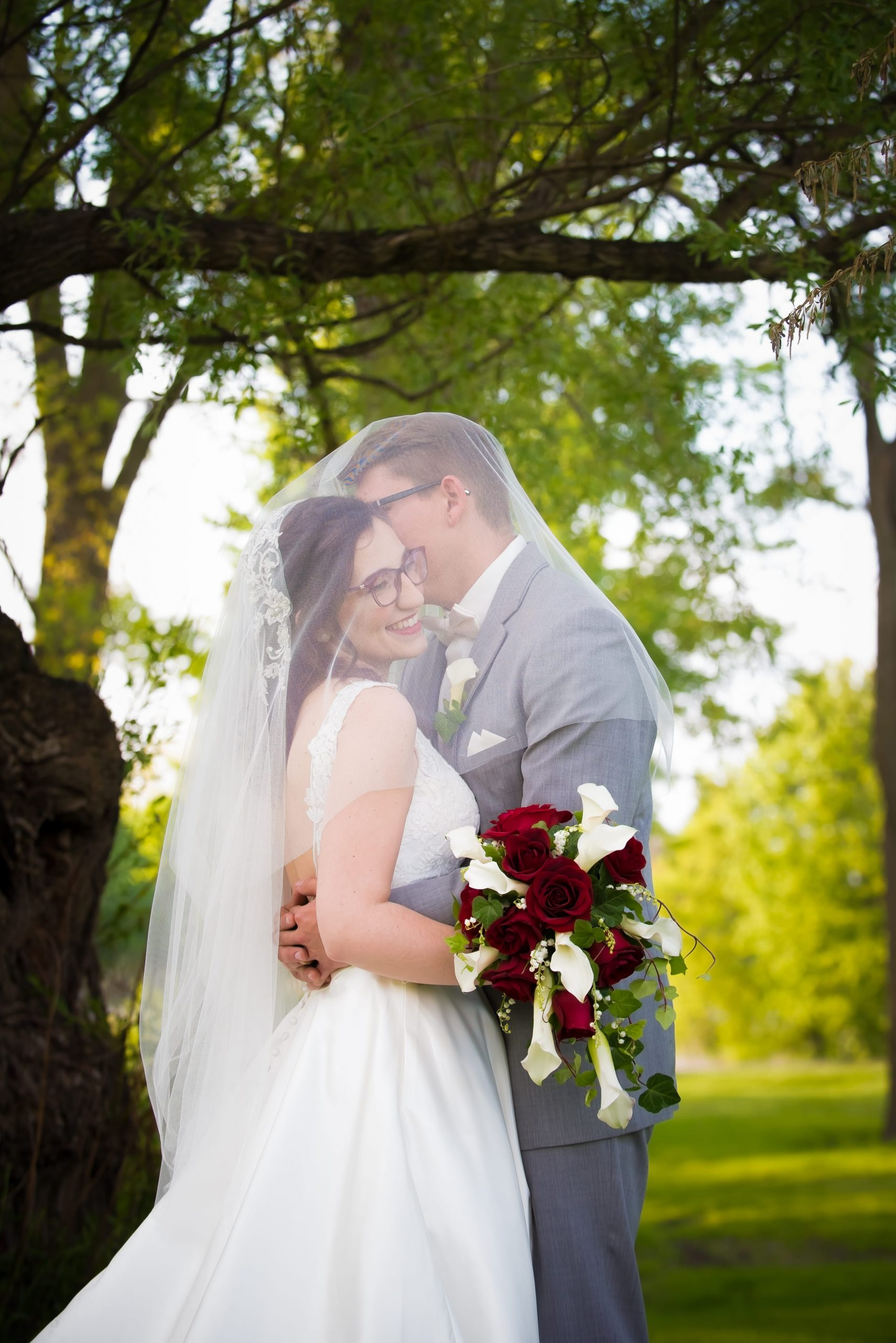 bride and groom wedding photo