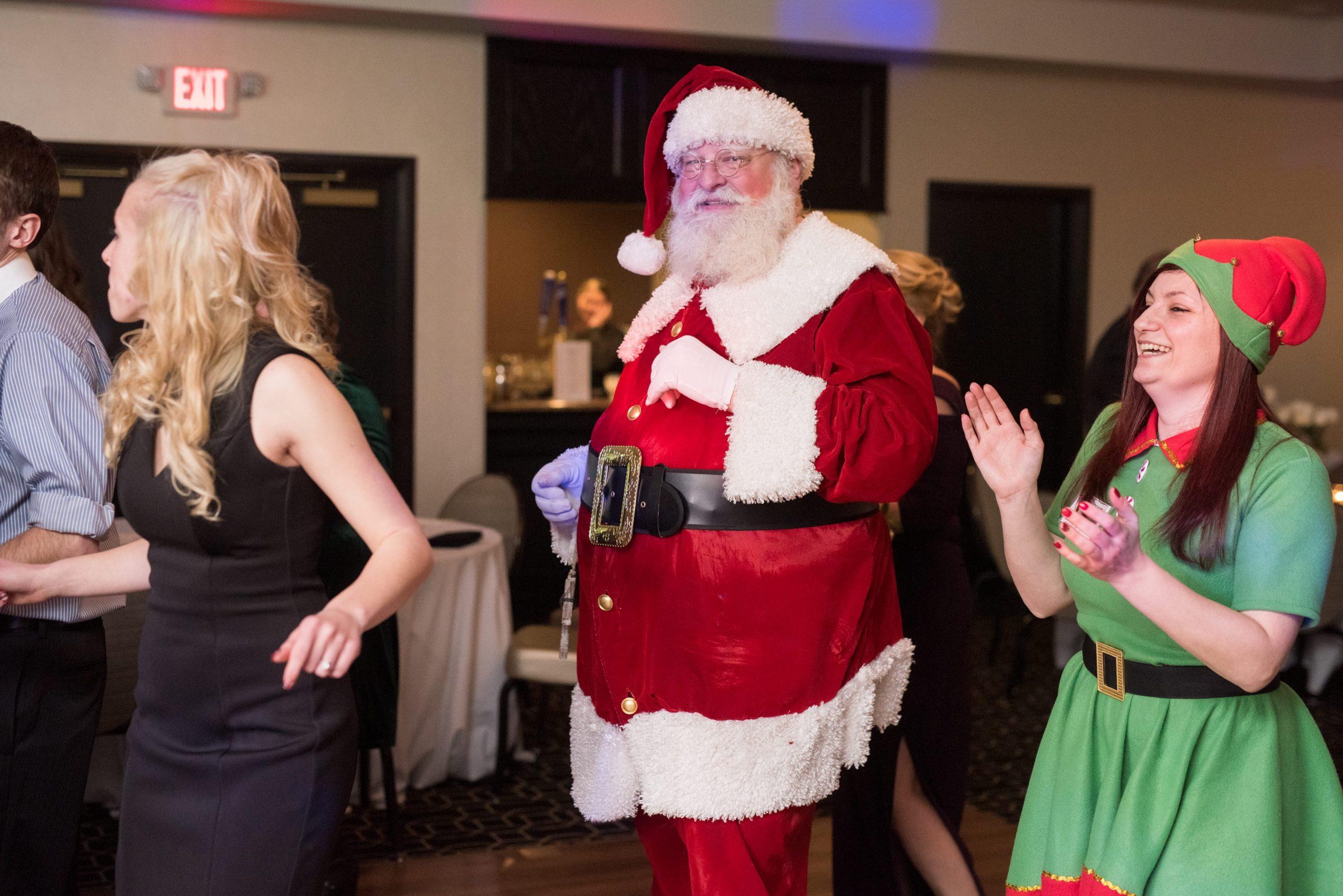 Santa Clause on the dance floor