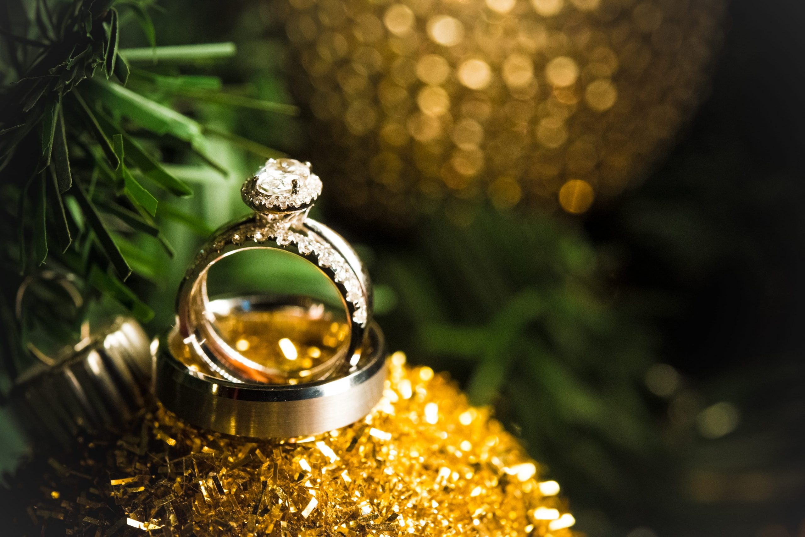 rings on ornaments