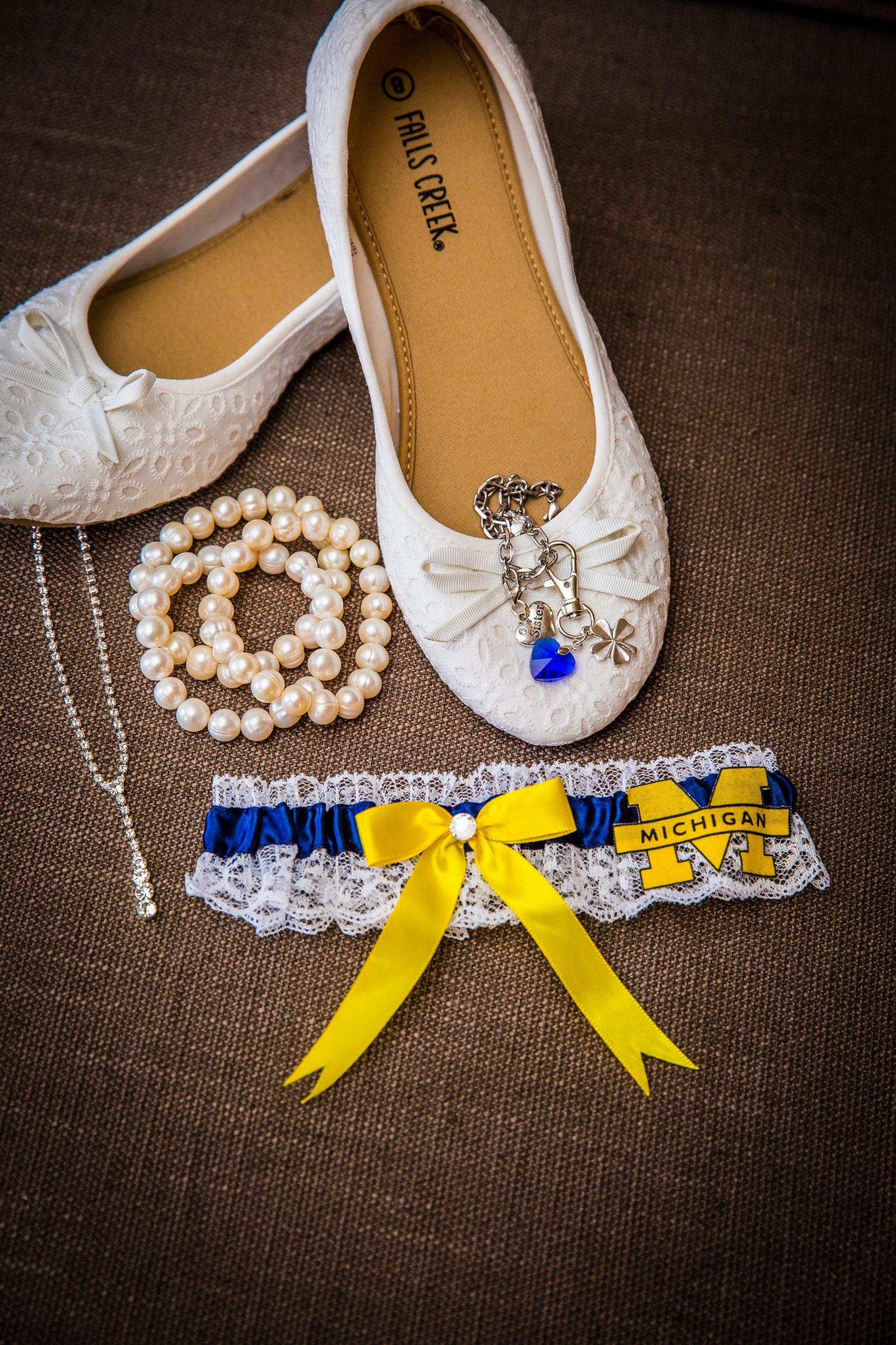 Michigan bridal garter