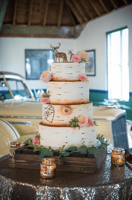 rustic Hunting Themed Wedding cake