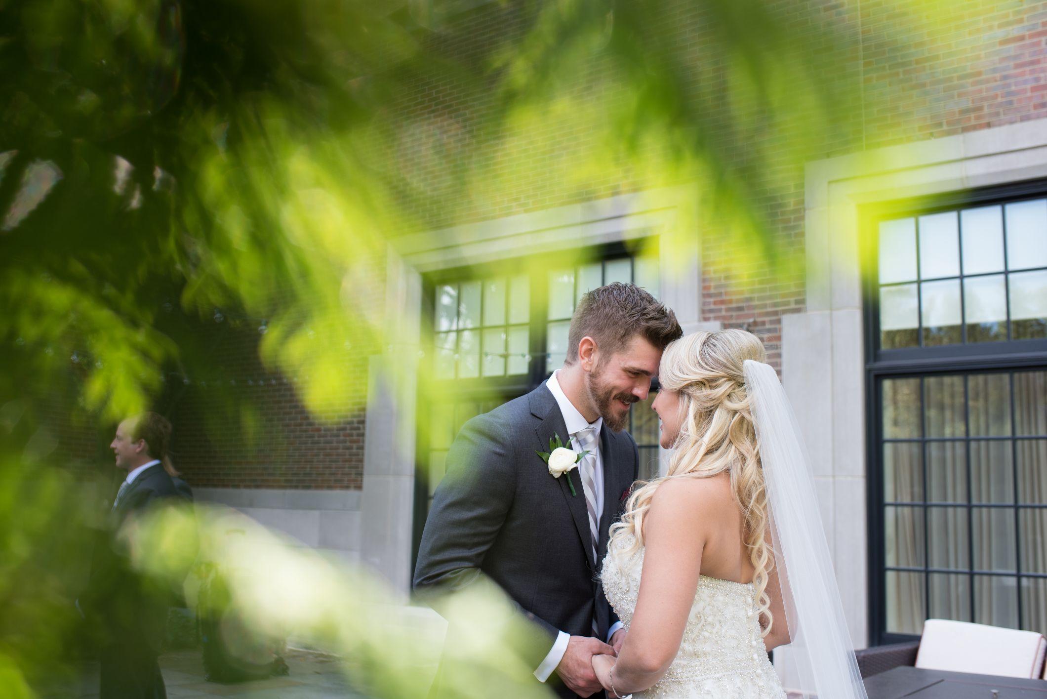 bride jaclyn at royal park hotel
