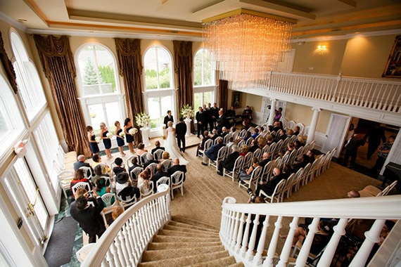 White House Wedding Chapel in Warren Michigan