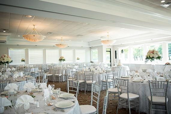 Macomb Michigan Wedding at Sycamore Hills