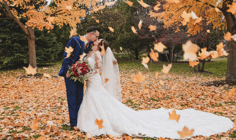 What Season Should I Get Married: Fall Wedding Romantics