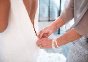 bride pre ceremony 1 400x284 1