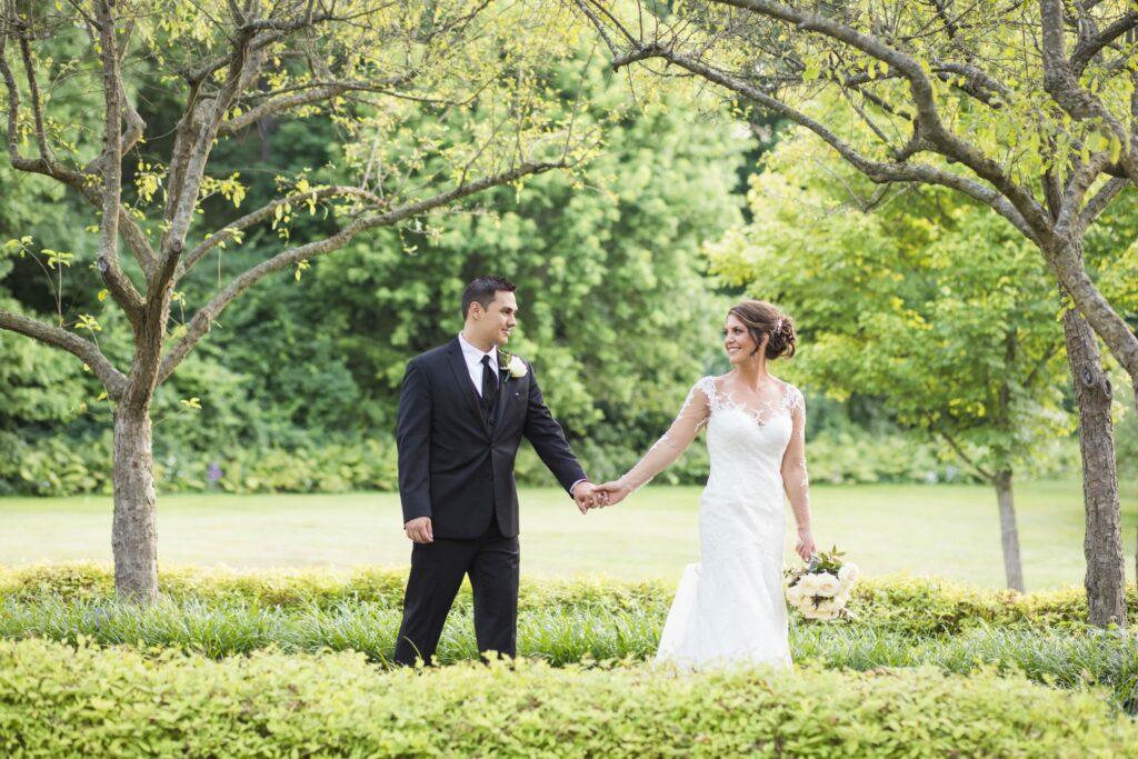 photo-journalistic-wedding-photography-style-2