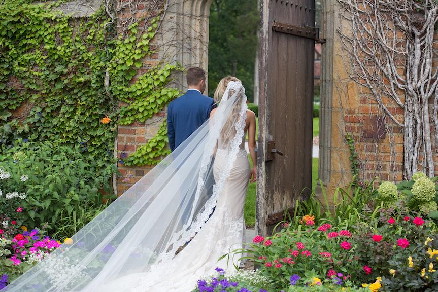 pine knob couple lace veil