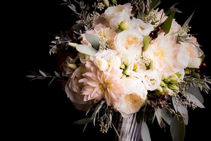 white wedding bouqet